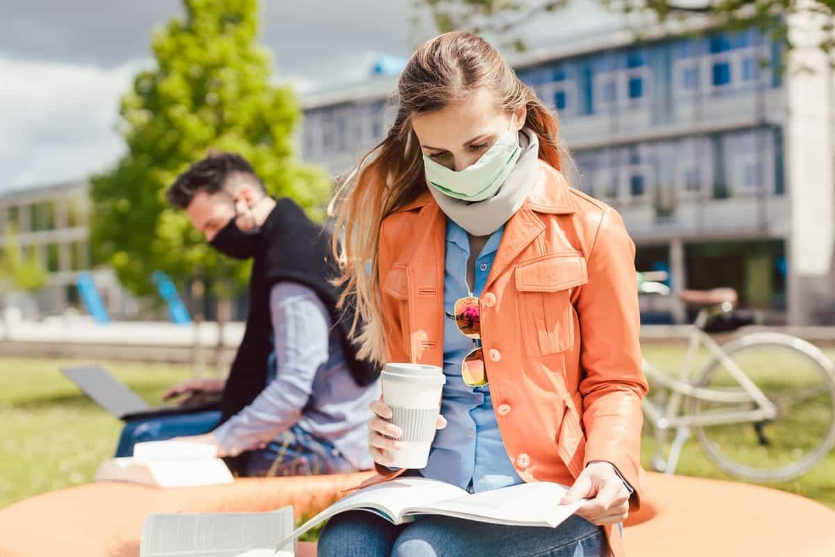 Seven Major Things To Consider While Choosing Study Abroad Destination